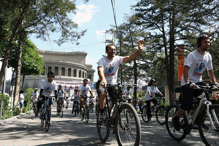 Cycling-in-Yerevan