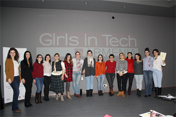 If You Don't Try, You Can't Fly: Girls in Tech Power Builder Bootcamp