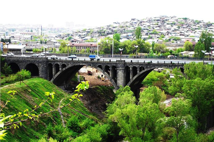 hrazdan-bridge