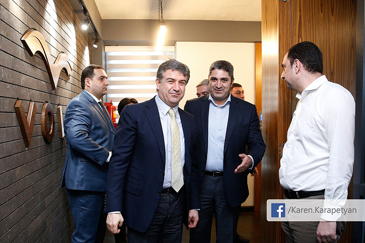 Pm-visit-to-IT-companies-volo